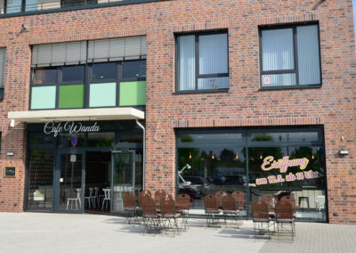 Cafe-Wanda-0518-004